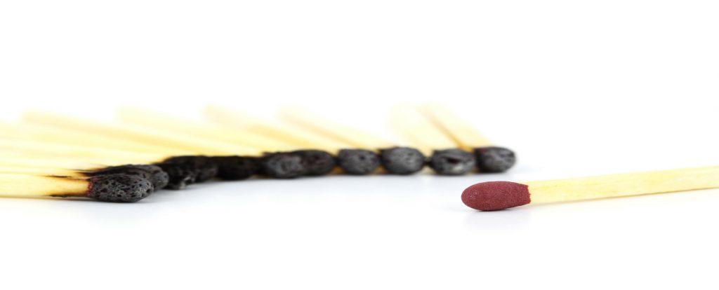 Burnout Stresscoaching für Führungskräfte und Mitarbeiter Streichhoelzer alle abgebrannt